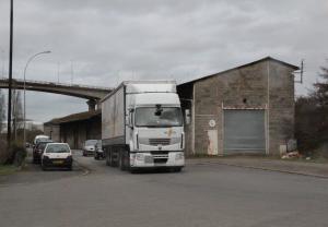 Mardi 5 mars : Entretien avec  la responsable d'exploitation de Noyon dans Entretiens camion1-300x208
